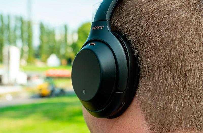 Sony WH-1000XM3 на голове