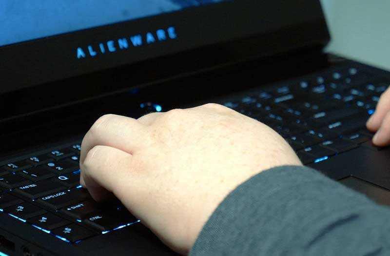 ПО Alienware 17 R5