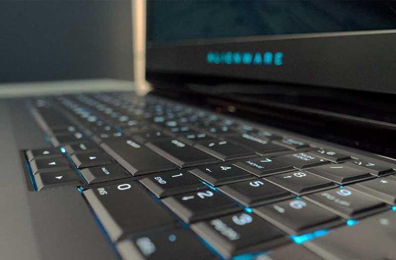 Игровой ноутбук Alienware 17 R5