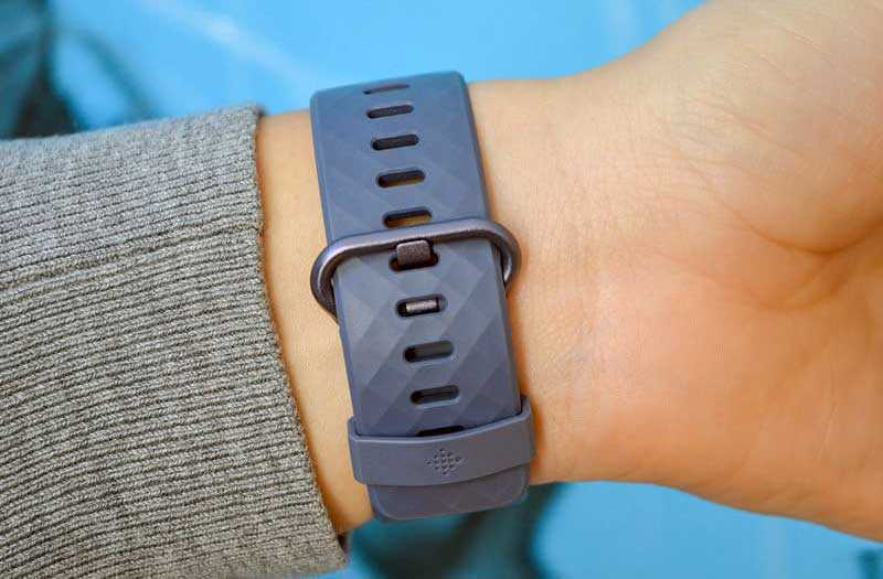 Fitbit Charge 3 отзывы