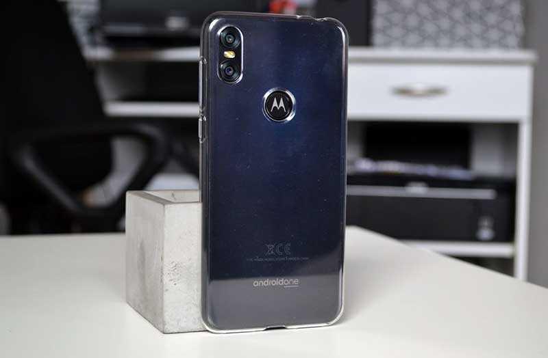 Характеристики Motorola One