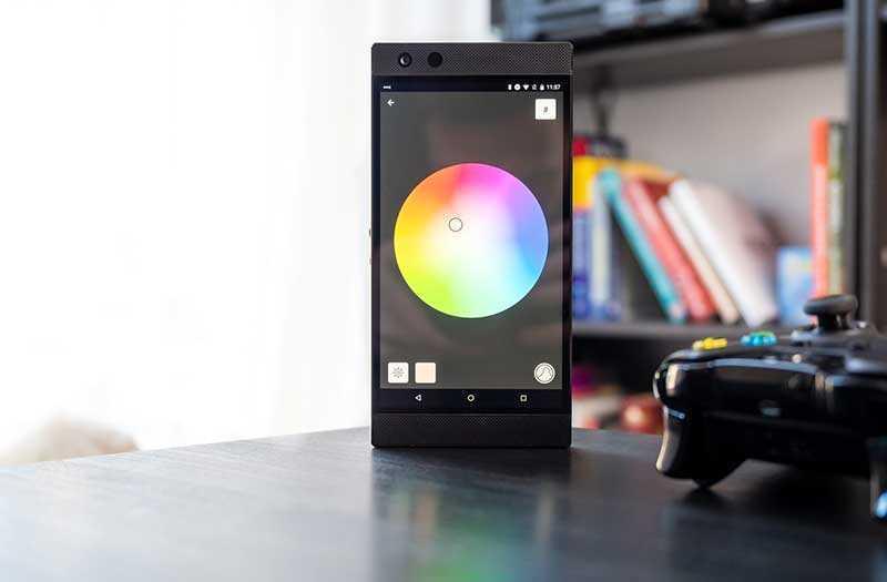 Razer Phone 2 дисплей