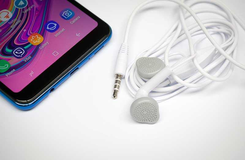 Samsung Galaxy A7 2018 звук