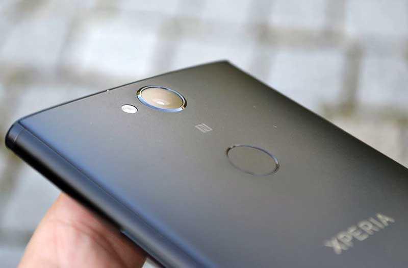 Sony Xperia XA2 Plus каество сборки
