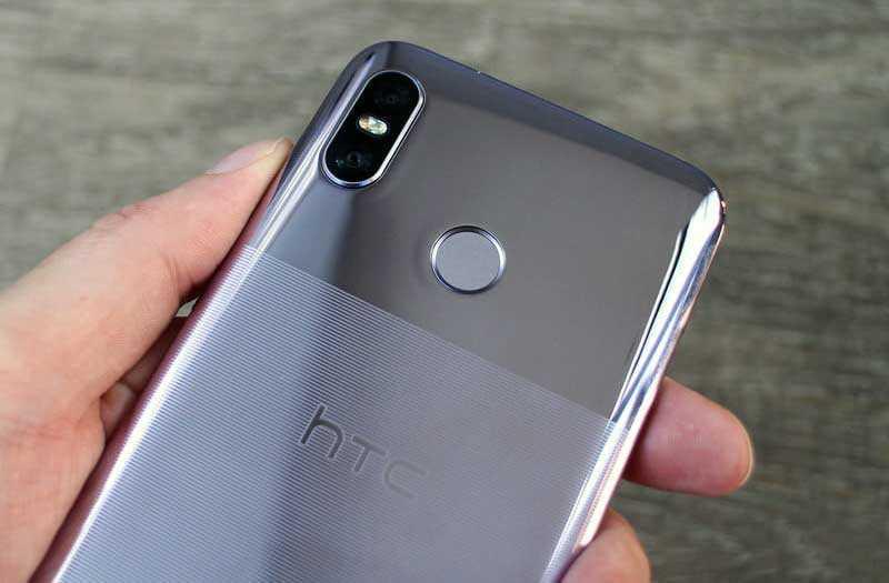 HTC U12 Life камеры