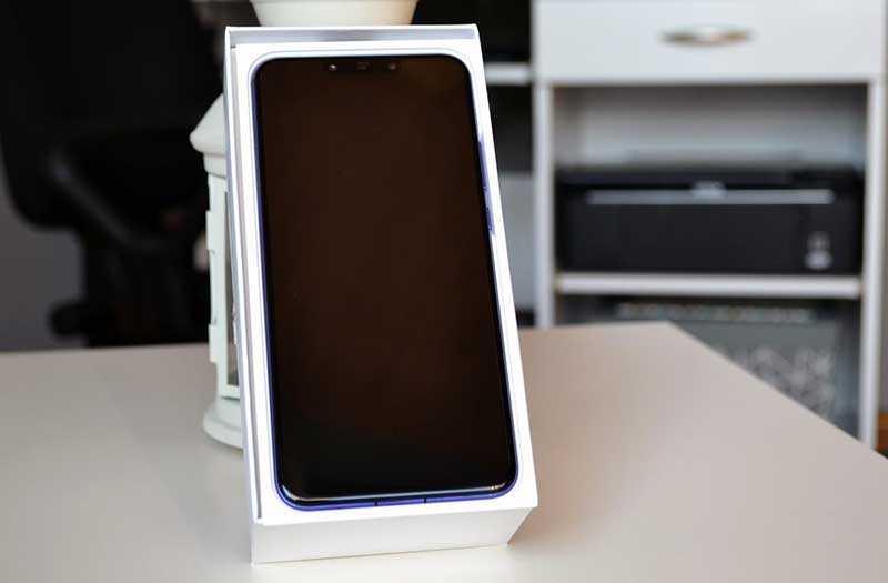 Huawei Nova 3 из коробки