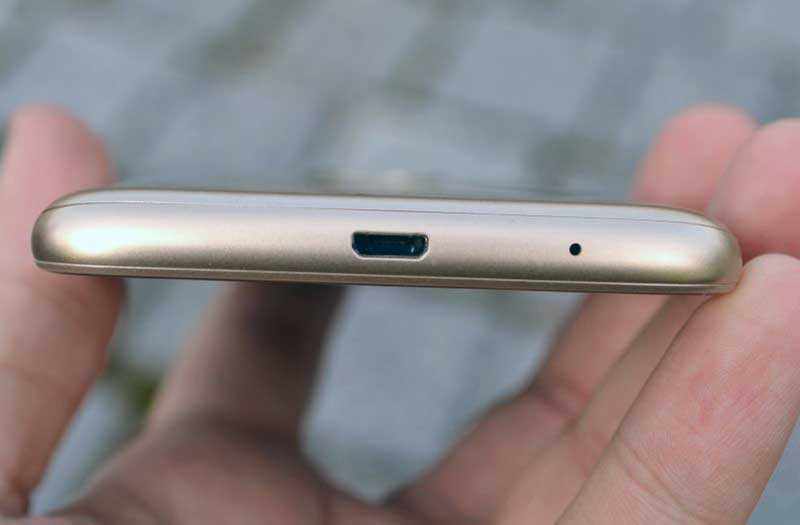Порт Motorola Moto E5