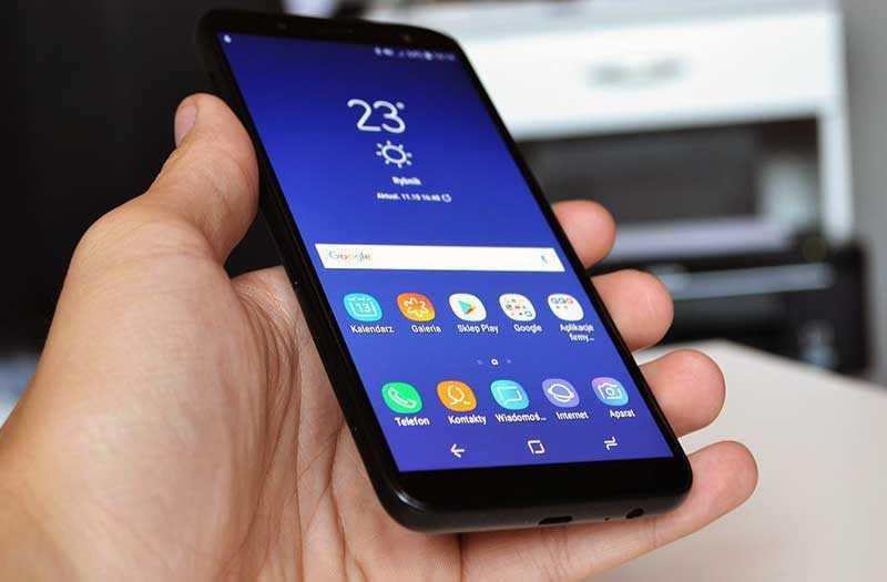 Samsung Galaxy J6 2018 панель