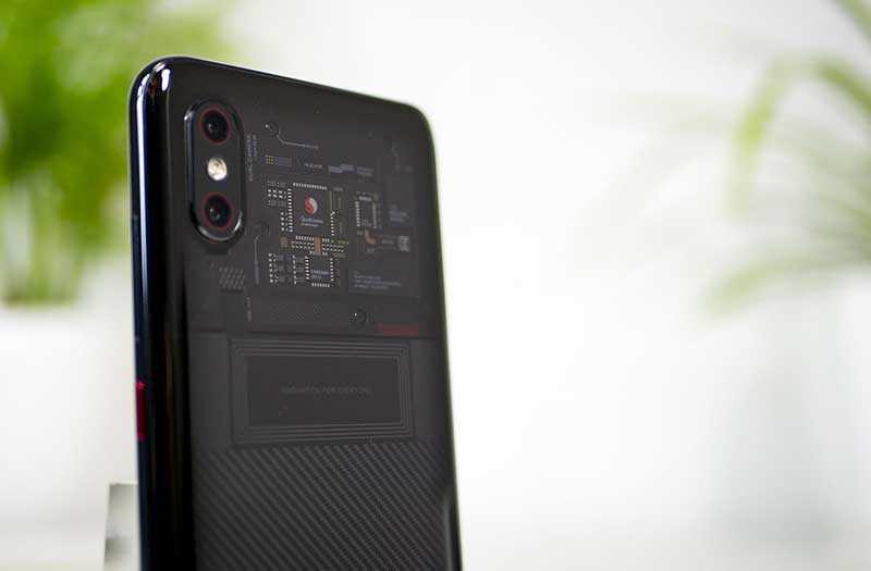 Xiaomi Mi 8 Pro обзор