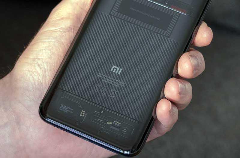 Xiaomi Mi 8 Pro корпус
