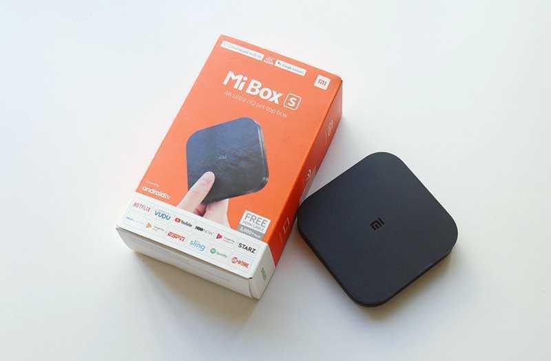 Xiaomi Mi Box S из коробки