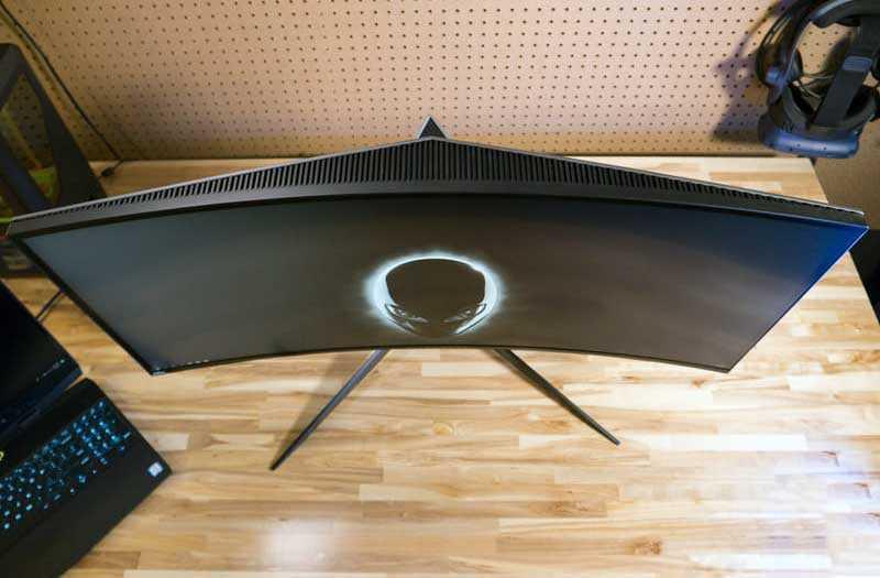 Дизайн Alienware AW3418DW