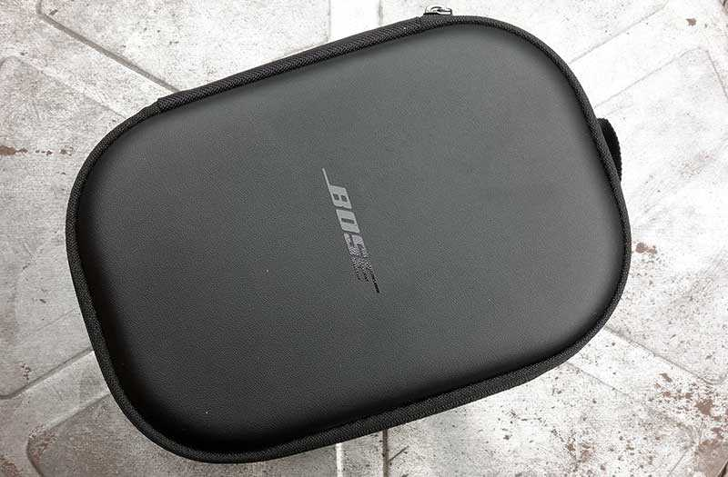 Bose QuietComfort 35 II чехол