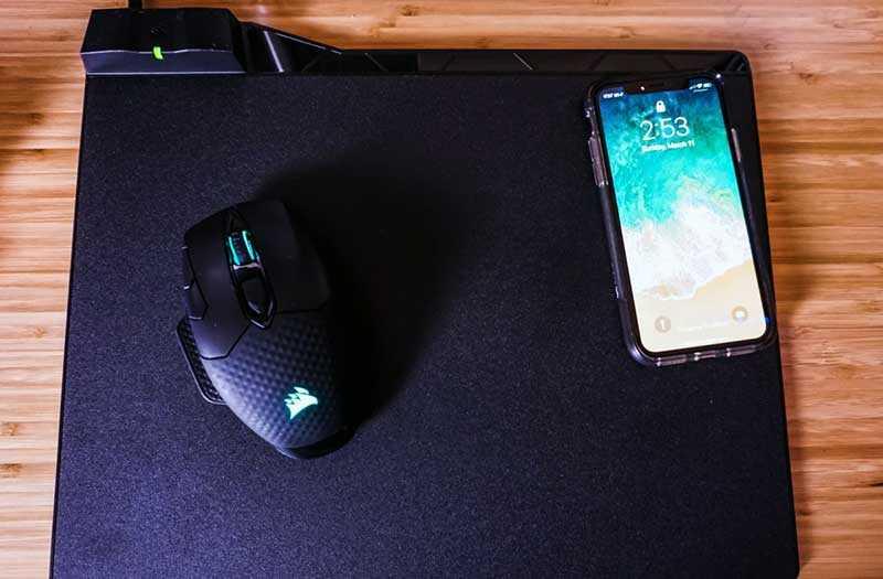Corsair Dark Core SE и подзарядка телефона