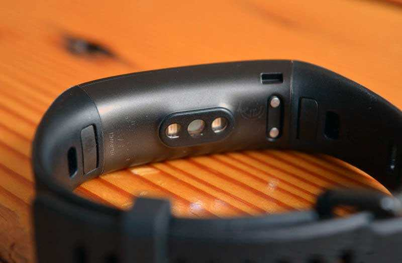 Браслет Huawei Band 3 Pro