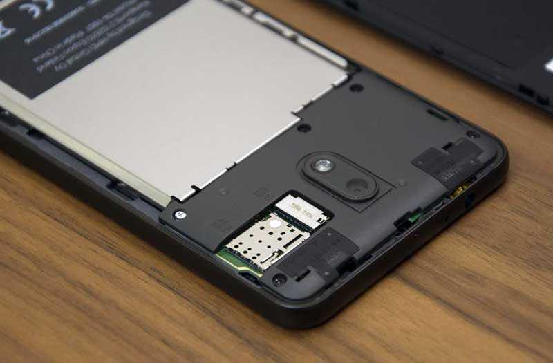 Nokia 2.1 слоты