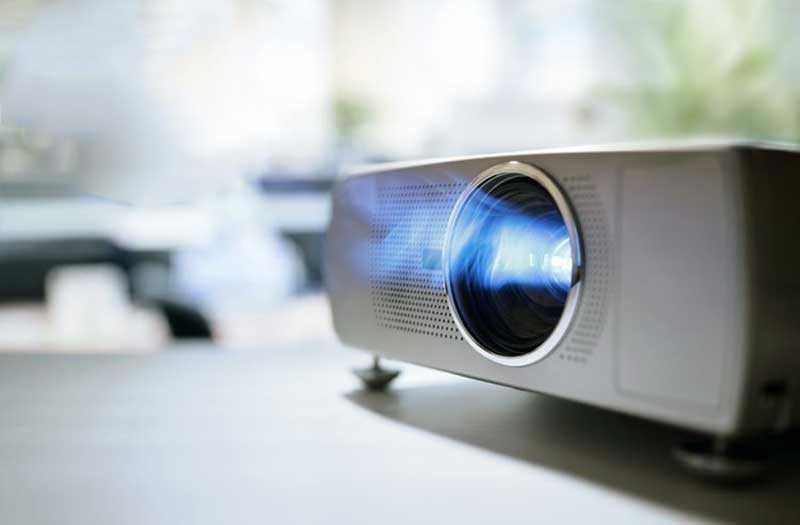 Подборка 5 бюджетных проекторов от TehnObzor — недорого и в радость