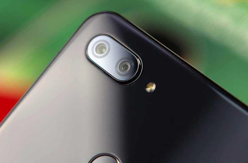 Xiaomi Mi 8 Lite камера