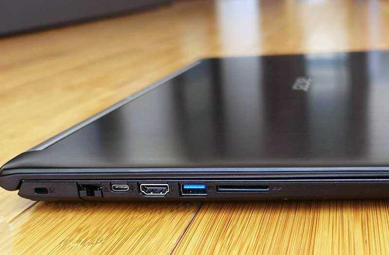 Acer Aspire 7 A715-72G разъёмы