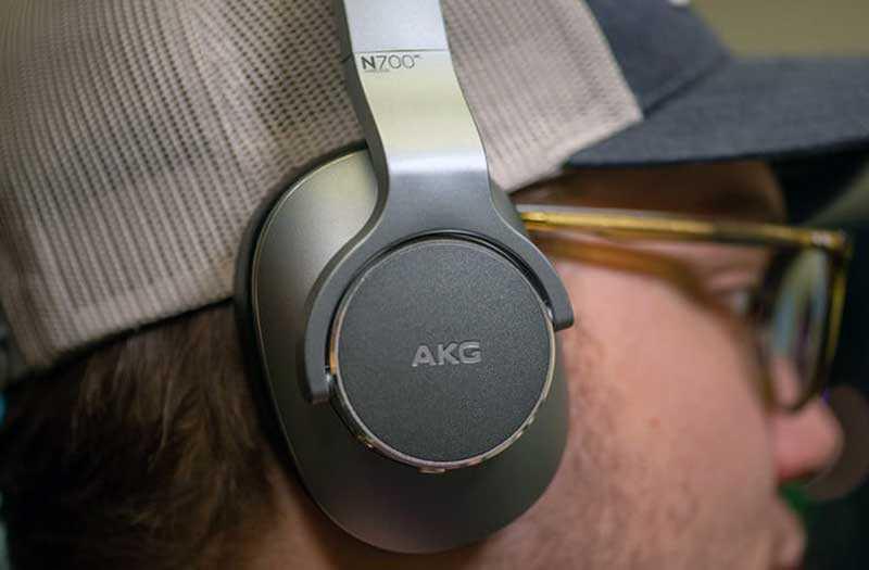 AKG N700NC комфорт