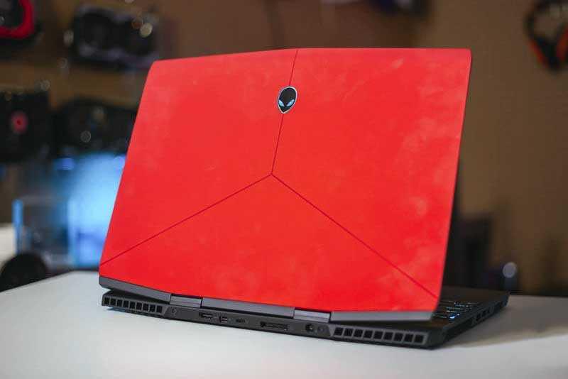 Обзор Alienware m15