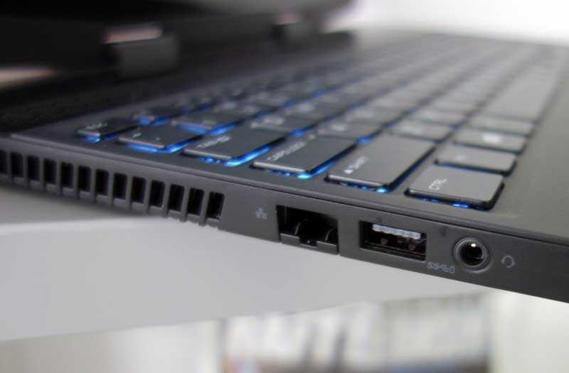 Alienware m15 порты