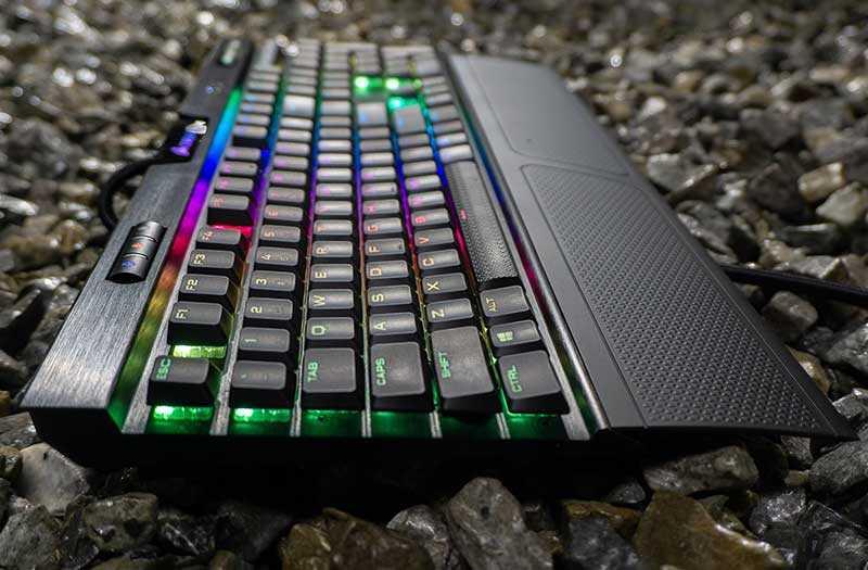 Corsair K70 RGB MK.2 низкопрофильная клавиатура