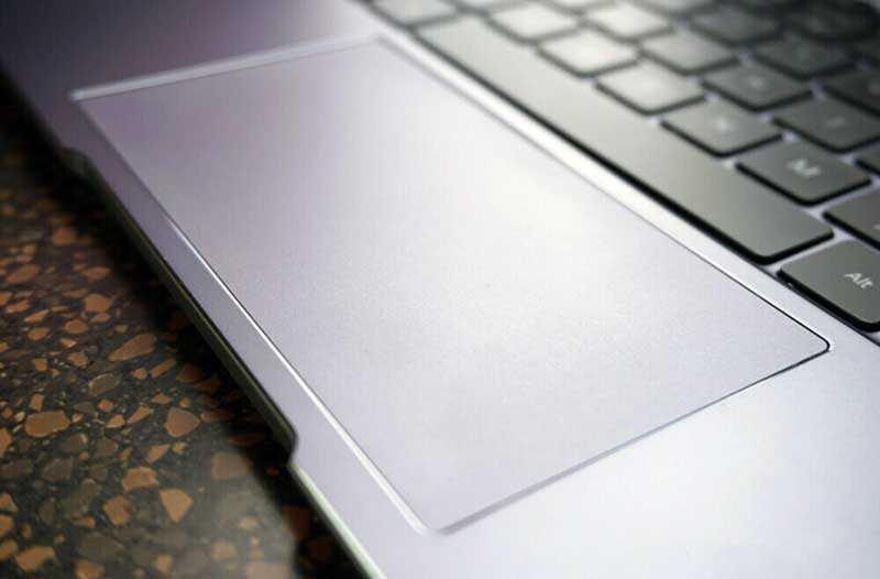 Huawei MateBook 13 трэкпад