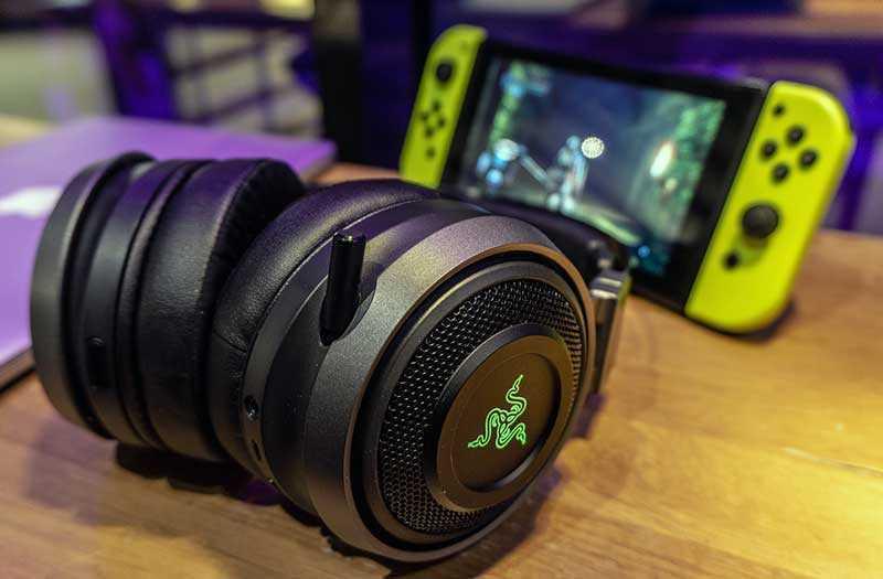 Razer Nari Ultimate игровая гарнитура