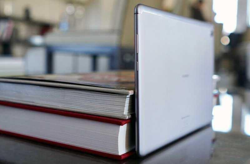 Huawei MediaPad M5 Lite дизайн