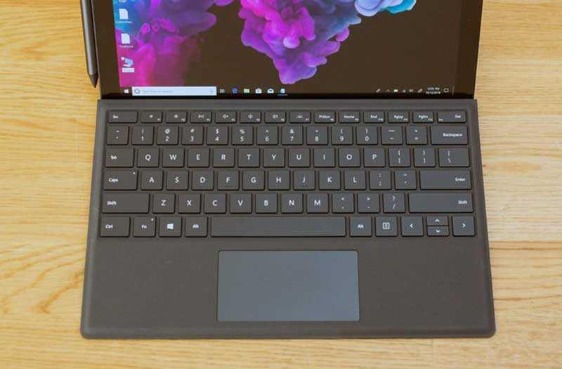Microsoft Surface Pro 6 в работе
