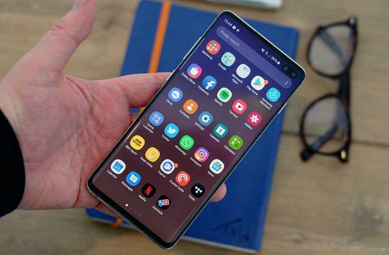 Samsung Galaxy S10 Plus смартфон