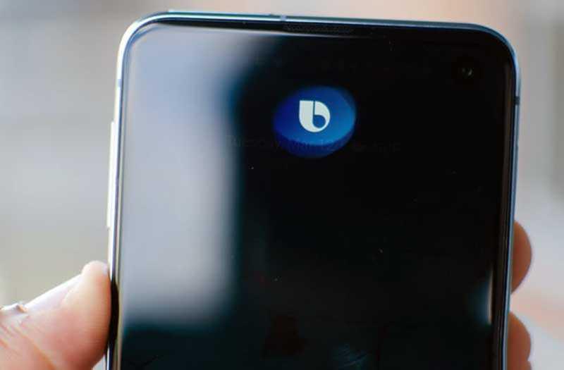 Samsung Galaxy S10e голосовой поощник
