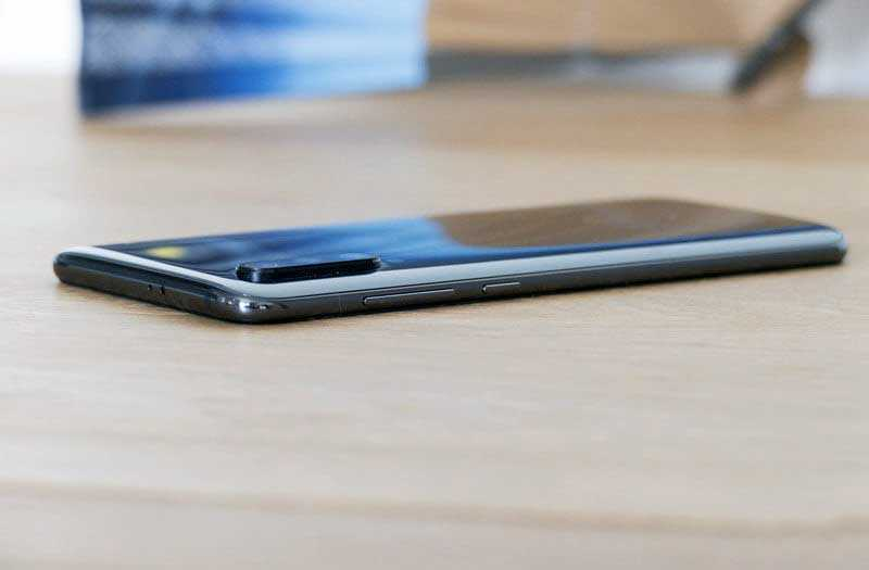Xiaomi Mi 9 особенности