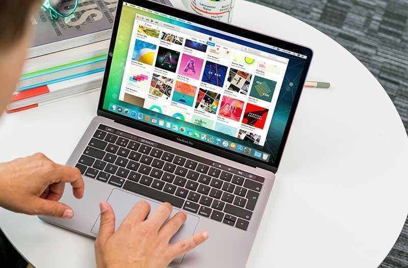 MacBook Pro 13 дисплей