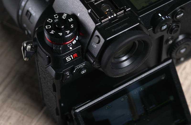 Panasonic Lumix S1R автофокус
