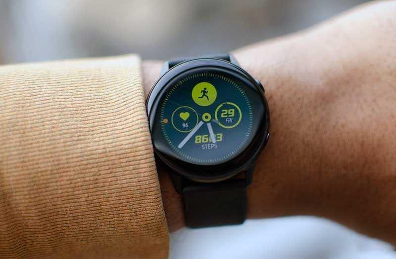 Samsung Galaxy Watch Active экран