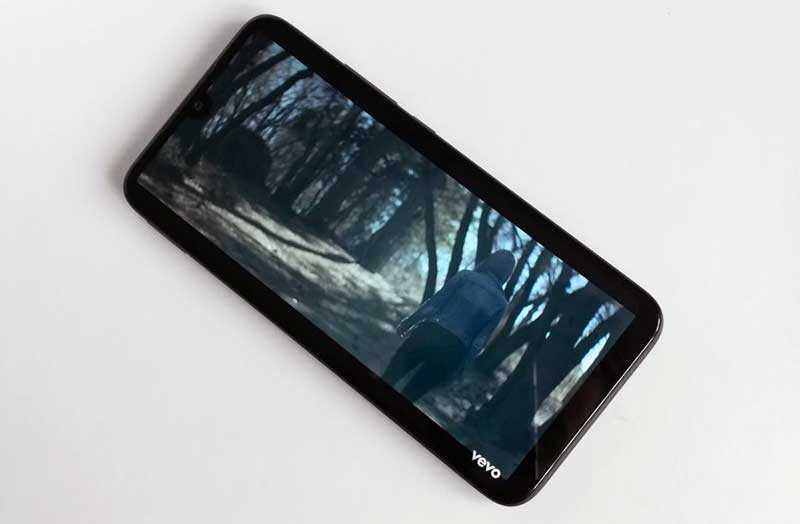 Xiaomi Redmi 7 дисплей