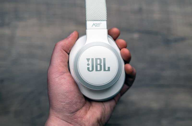 JBL Live 650BTNC тест