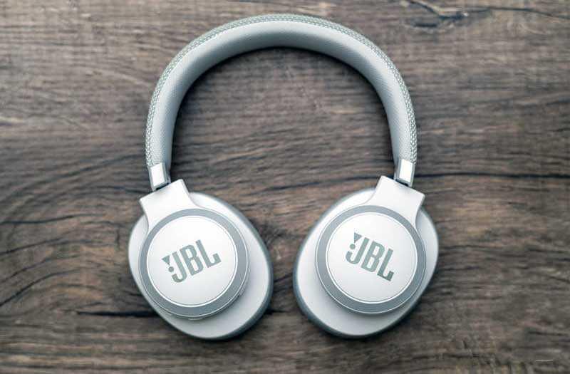 JBL Live 650BTNC дизайн