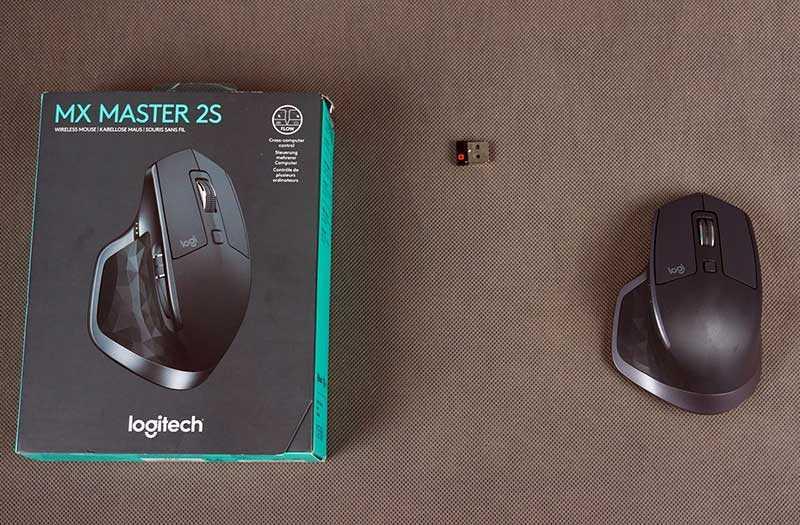 Logitech MX Master 2s изкорбки