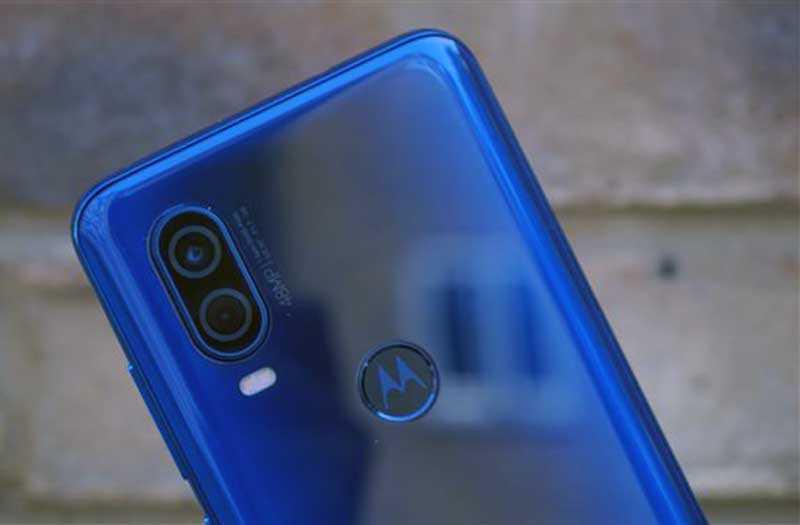 Камера Motorola One Vision