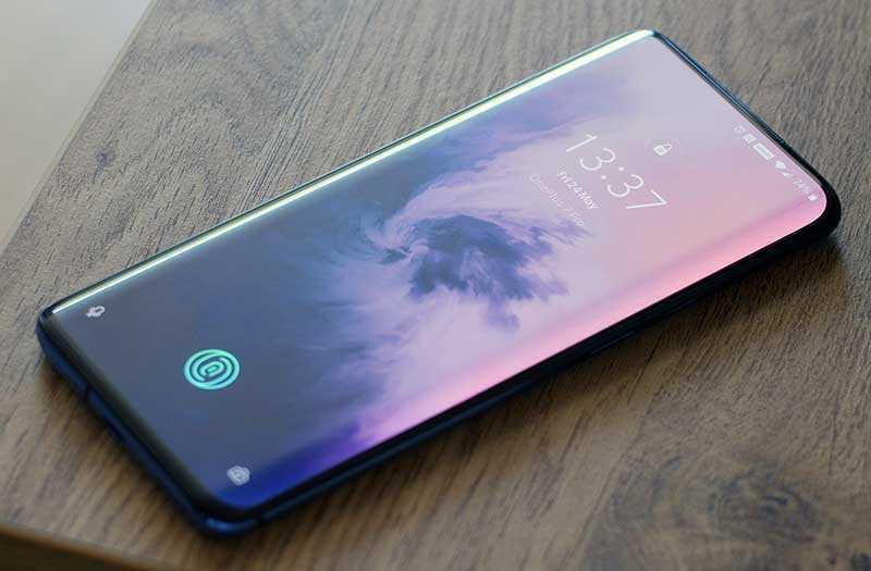 OnePlus 7 Pro дисплей