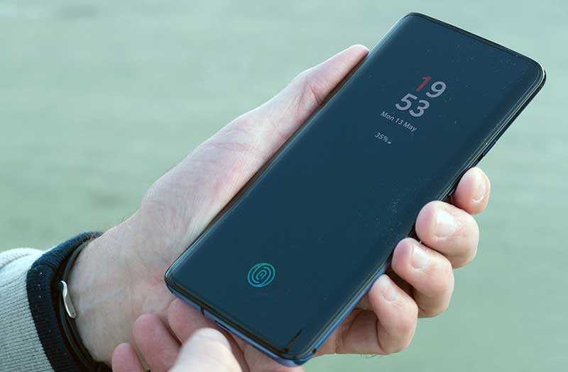 OnePlus 7 Pro сканерв экране