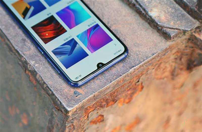 Xiaomi Mi 9 SE дисплей