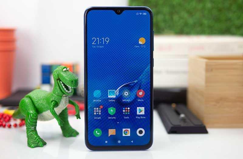 Телефон Xiaomi Mi 9 SE