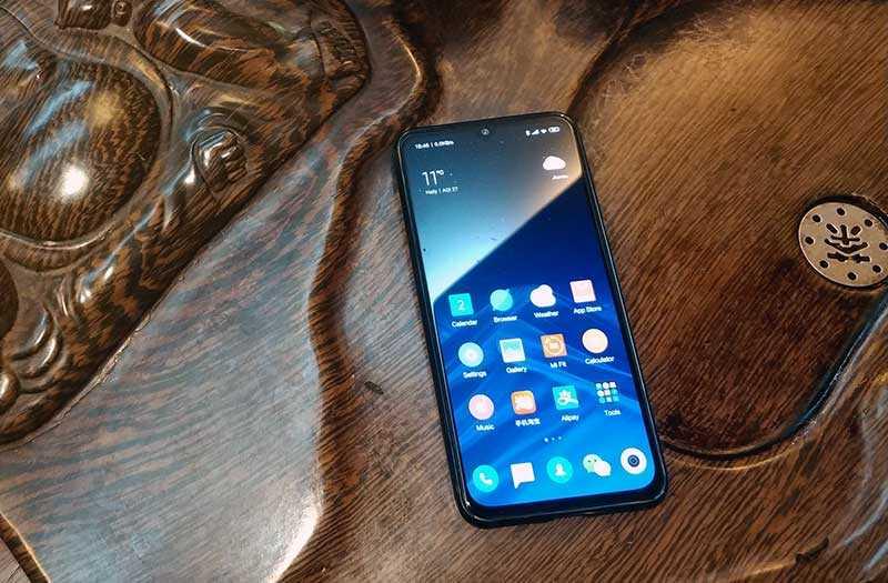 Обзор Xiaomi Mi 9 SE уменьшенного флагмана — Отзывы TehnObzor