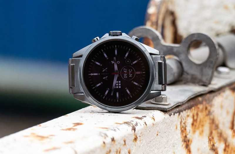 Дизайн Armani Exchange AX Connected дизайн