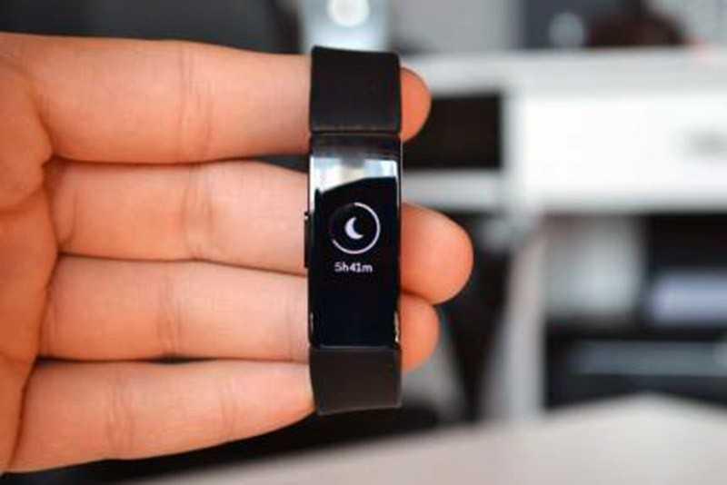 Fitbit Inspire HR экран