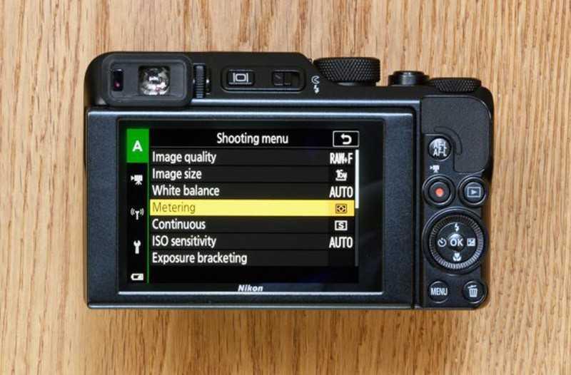 Nikon Coolpix A1000 дисплей